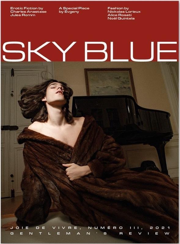 Sky Blue Review N°3